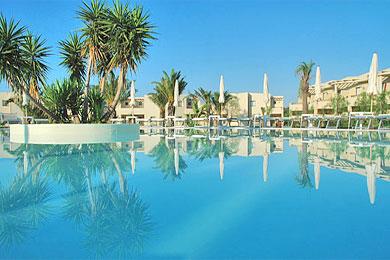 Speciale 01 Maggio - Hotel  4* Voi Arenella Resort